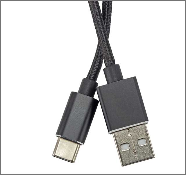 An image of Cable USB C isolated on white