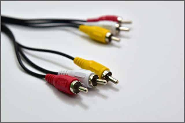 RCA cable plugs