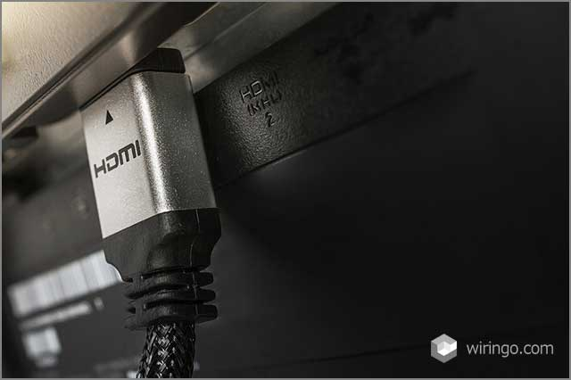 HDMI cable plug with silver connector