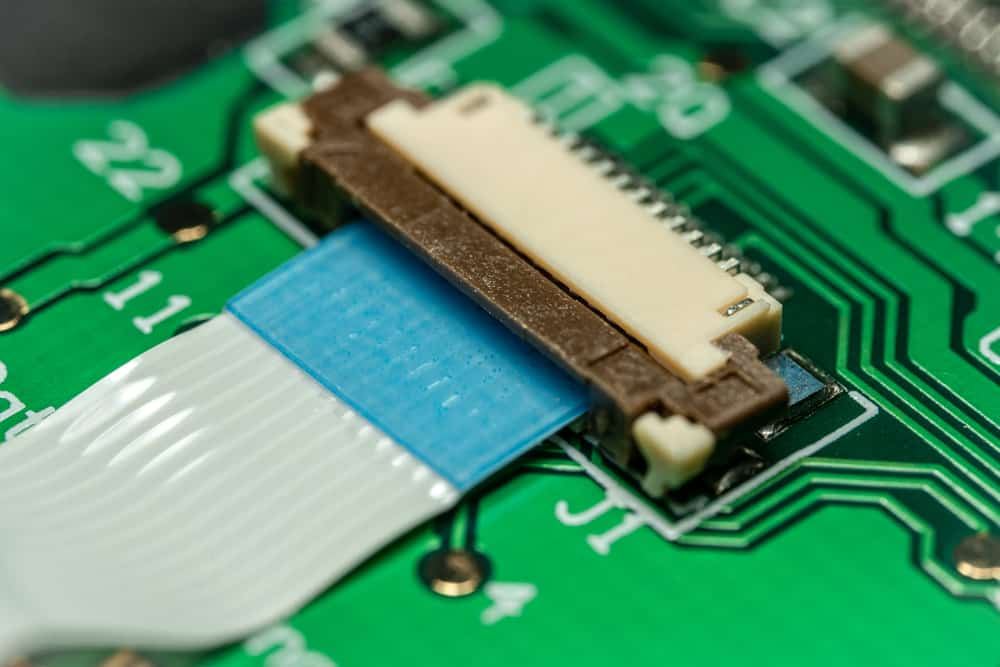 Macro,Photo,Of,A,Flat,Ribbon,Cable,And,Connector,On